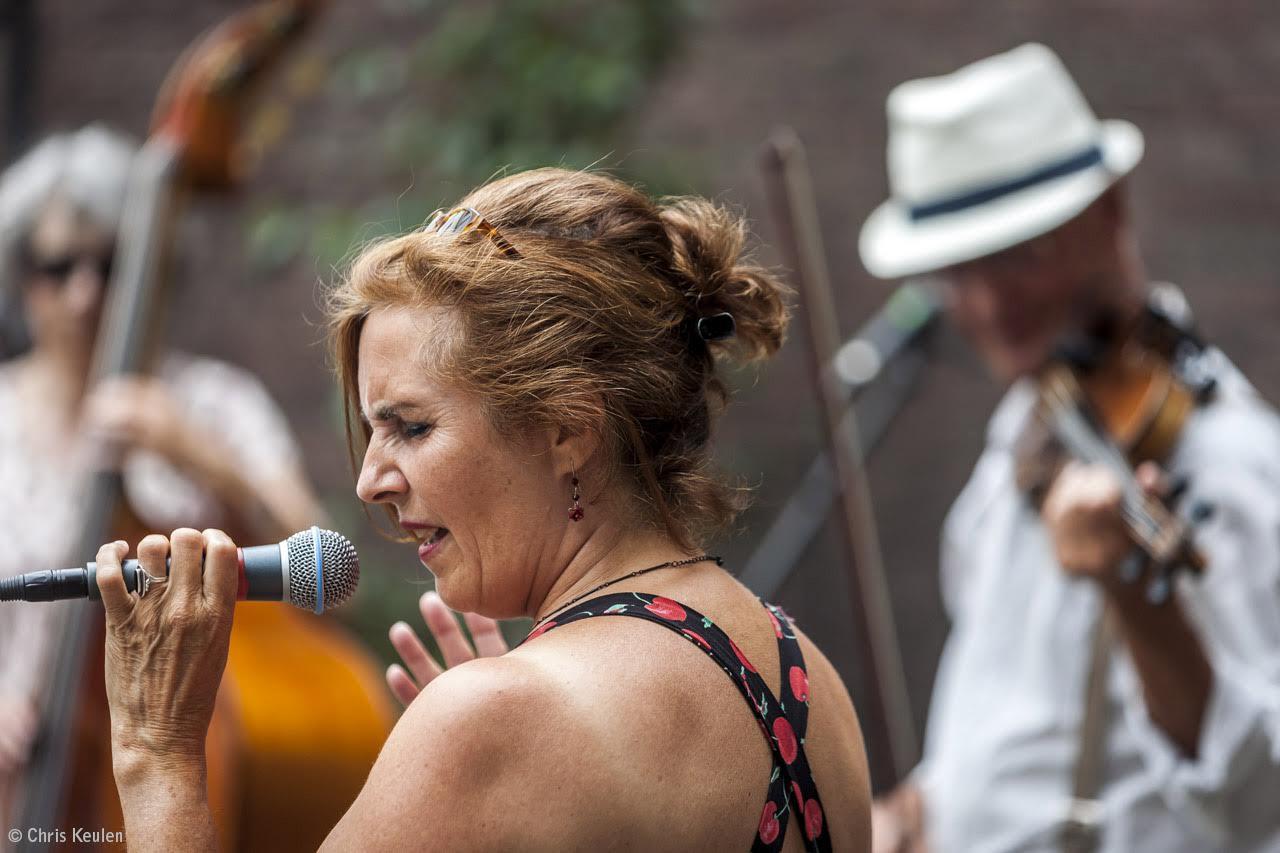 Netherlands, Maastricht, 11.06.2017Concert Ravelin band. Anita Verdonk (zang), Andere Kok (viool), Peter Verheijen (gitaar), Josien Mennen (bas).photo Chris Keulen